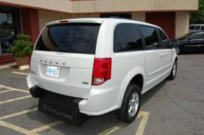 2013 DODGE GRAND CARAVAN HANDICAP ACCESSIBLE WHEELCHAIR VAN.UNIT 2979T